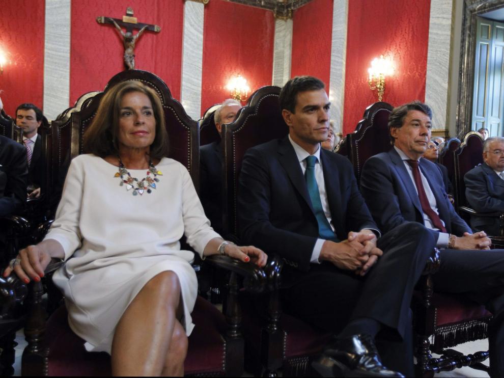 Ana Botella: la última en llegar y la primera en irse