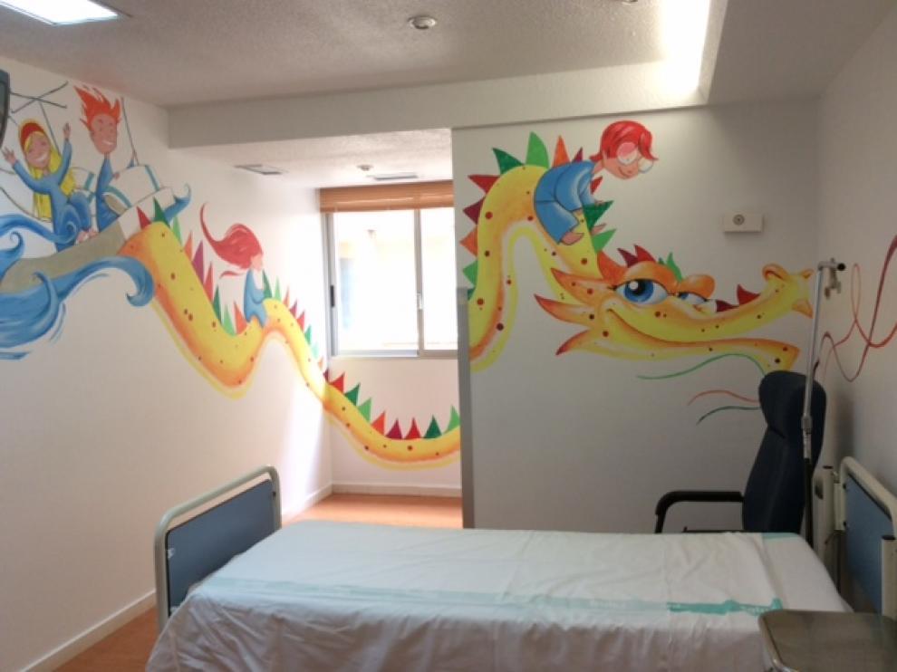 Una habitación pintada por 'Believe in Art' en el Hospital Infantil de Zaragoza.