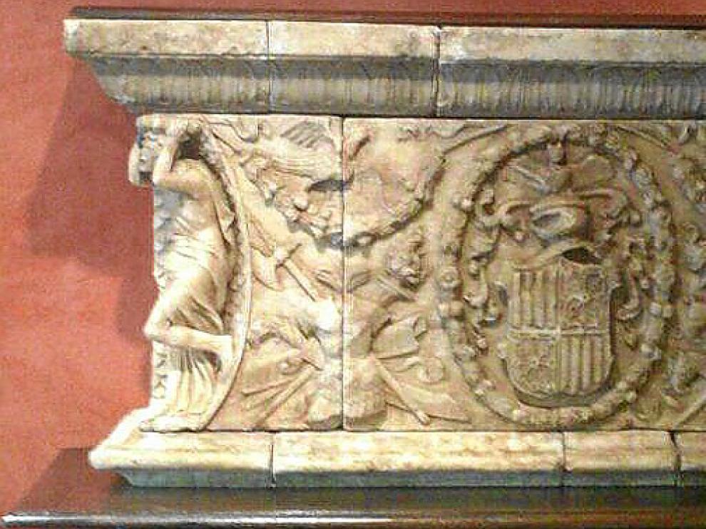 El sepulcro del duque de Híjar, ya restaurado.