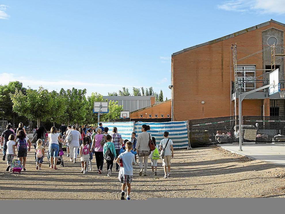 Con un edificio inmerso en obras arrancó el curso ayer para los alumnos del Nertóbriga.