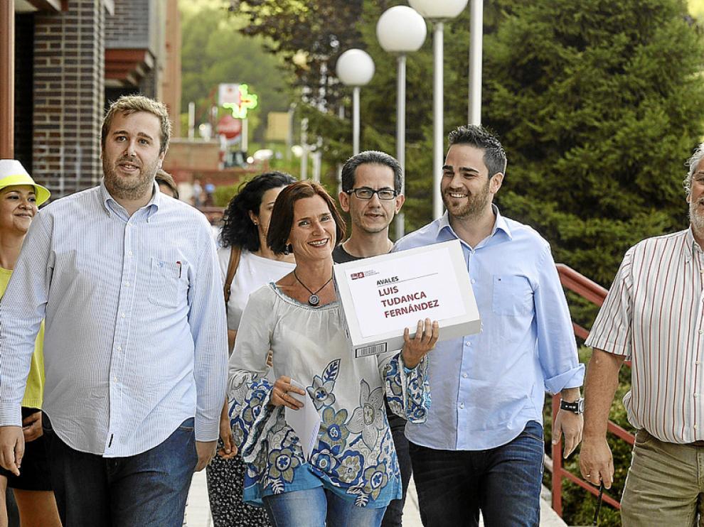 Los miembros de la candidatura de Luis Tudanca, ayer.