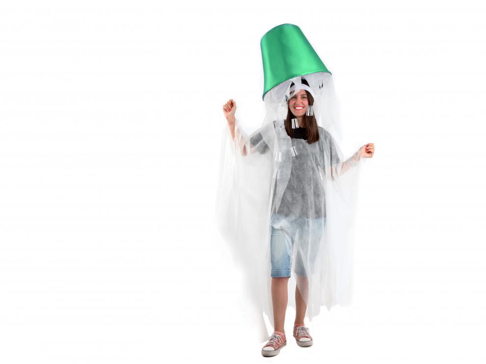El disfraz simboliza el reto del cubo de agua helada