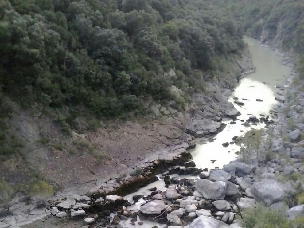 Una imagen del río Gállego.