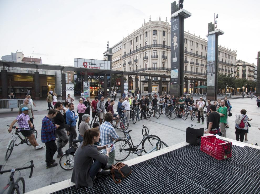 Los ciclistas se movilizan contra el nuevo reglamento
