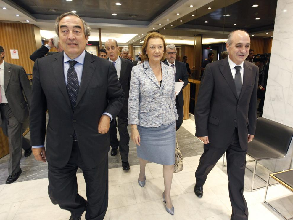 Luisa Fernanda Rudi a su llegada a la reunión
