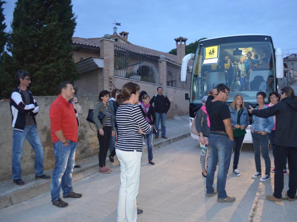 Los padres de los escolares de Fonz han bloqueado el bus escoalr