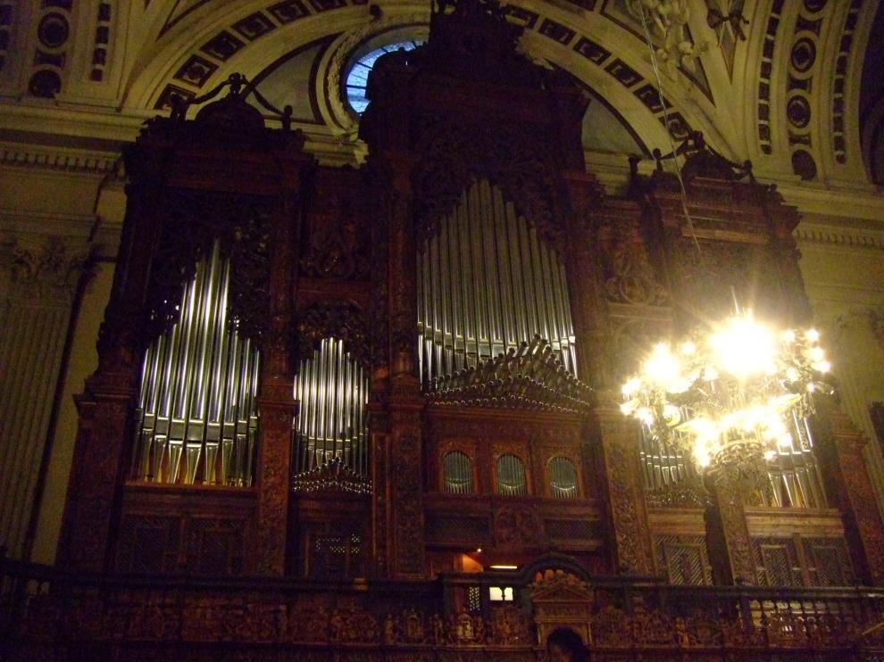 El órgano mayor del Pilar, este jueves, durante el concierto