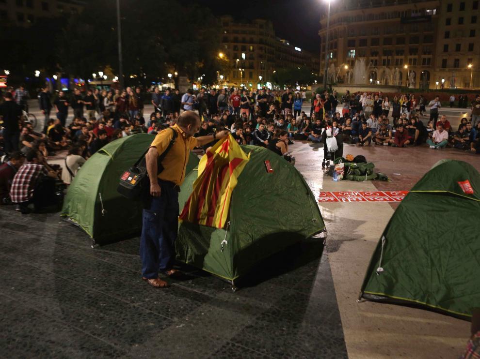 Acampada en Barcelona este jueves por la noche antes de la retirada de las tiendas