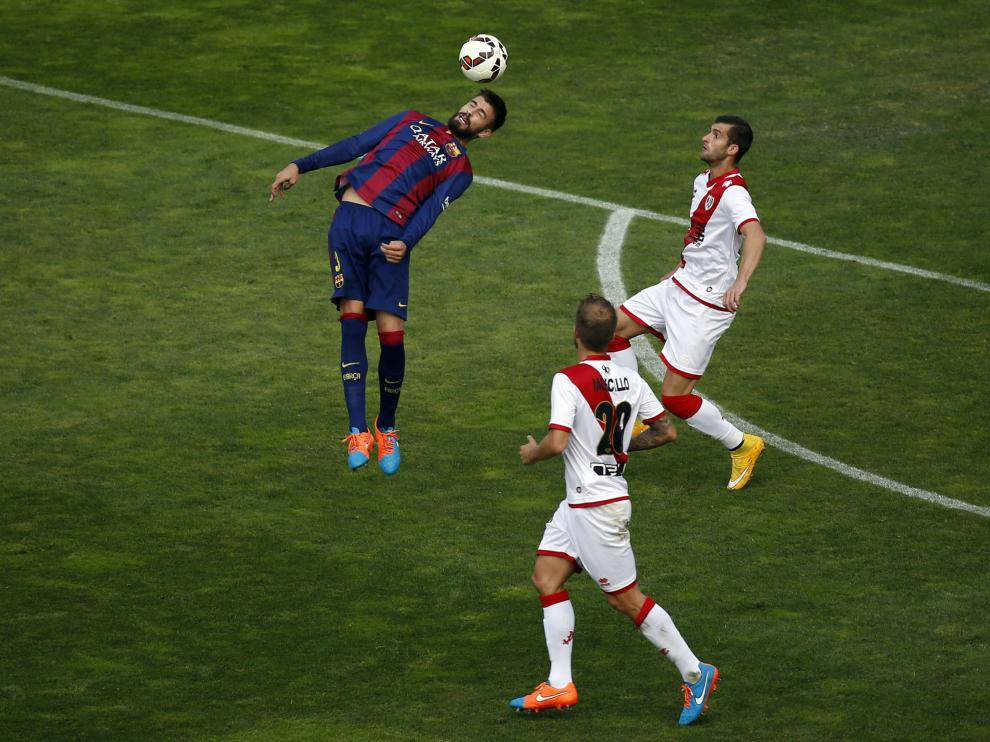 Un momento del partido Rayo Vallecano-Barcelona
