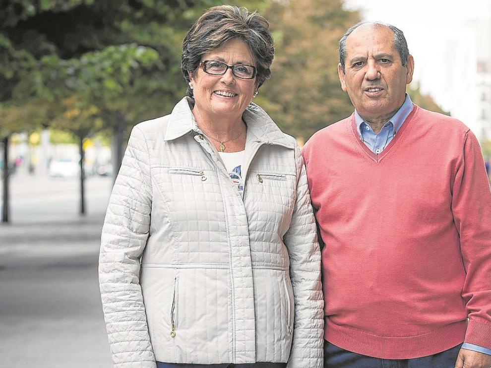 Isabel Molinos y Ángel Soto, voluntaria y presidente de la Asociación de Ostomizados de Aragón.
