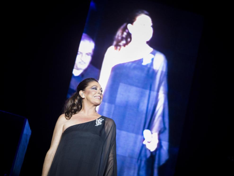 Isabel Pantoja, en un momento del concierto
