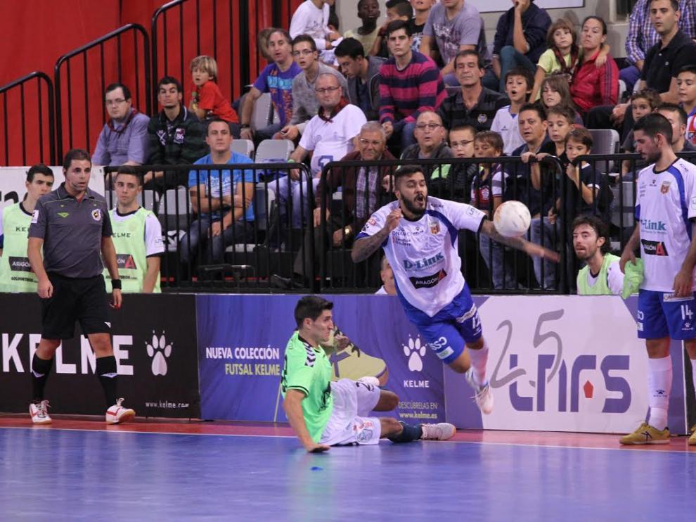 El Dlink Zaragoza pierde ante el Inter Moviestar con uno menos