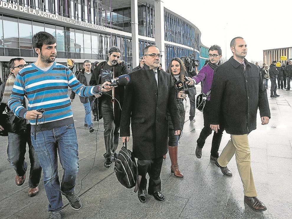 Los dos fiscales especiales asumirán ahora la acusación pública contra Agapito Iglesias, y el resto de imputados, en el caso Naves. Llevarán también la Operación y Minas y reforzarán a la compañera del caso La Muela.