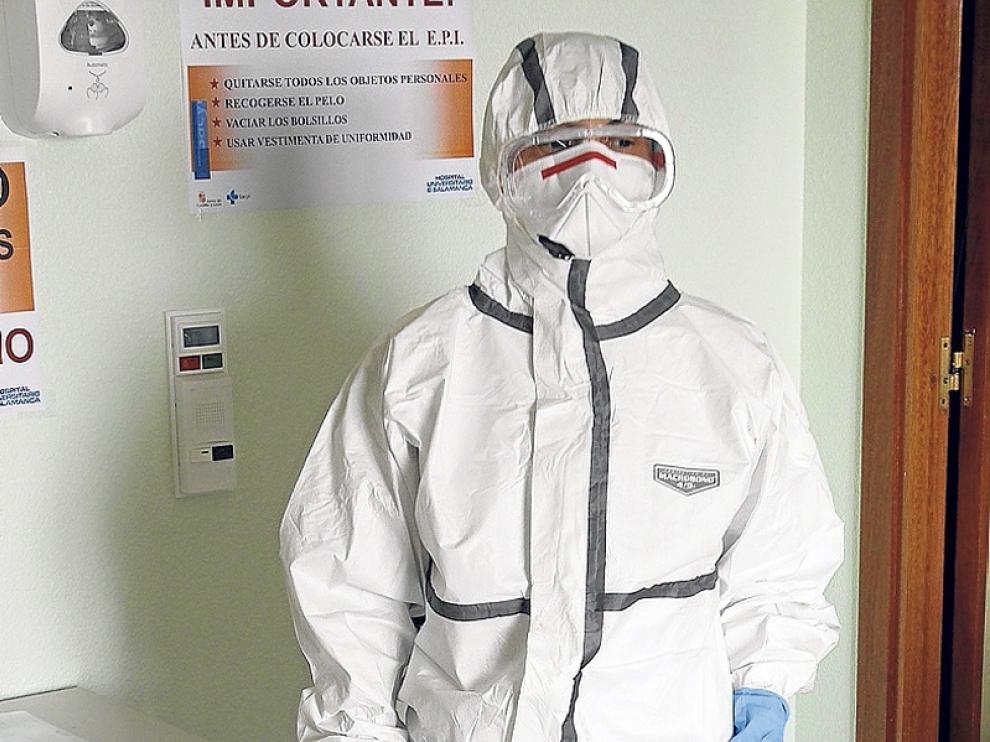 Equipamiento frente al ébola para los hospitales de referencia.