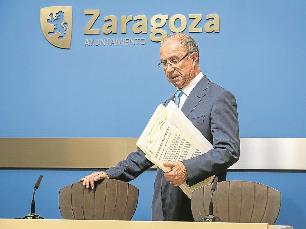 El vicealcalde y concejal de Economía, Fernando Gimeno, en una comparecencia de mayo.