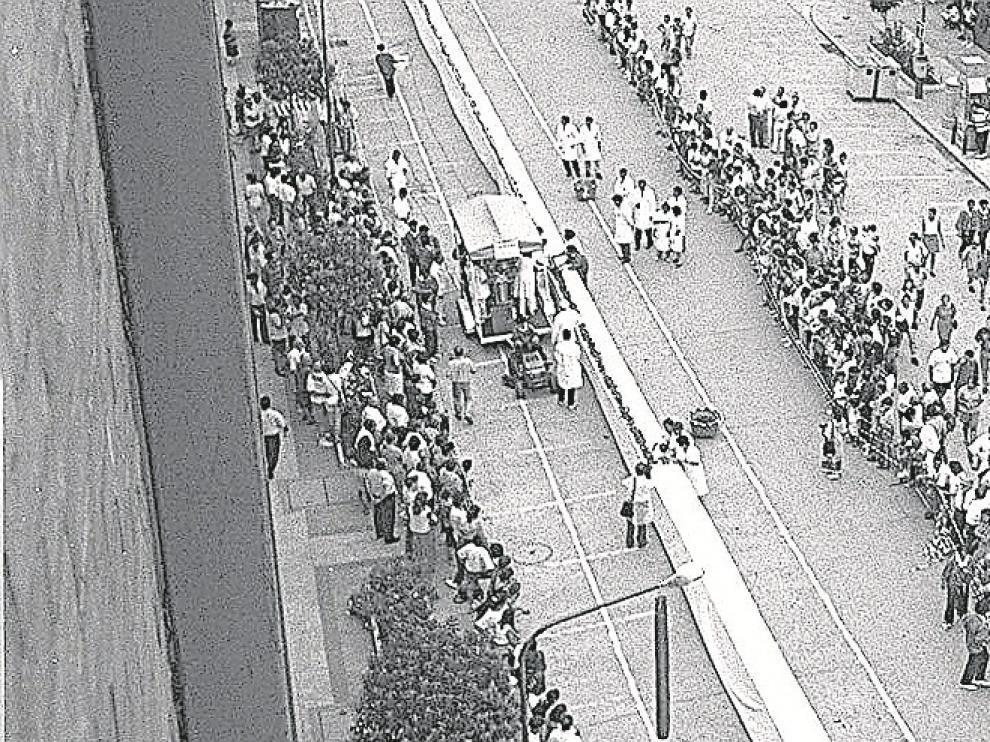 Graus (Huesca) logró inscribir su nombre en el libro Guinness de los Récords el 27 de julio de 1996 al elaborar la longaniza más larga del mundo. Al año siguiente, a este reconocimiento se le sumó el de tener la mayor parrilla jamás fabricada,.