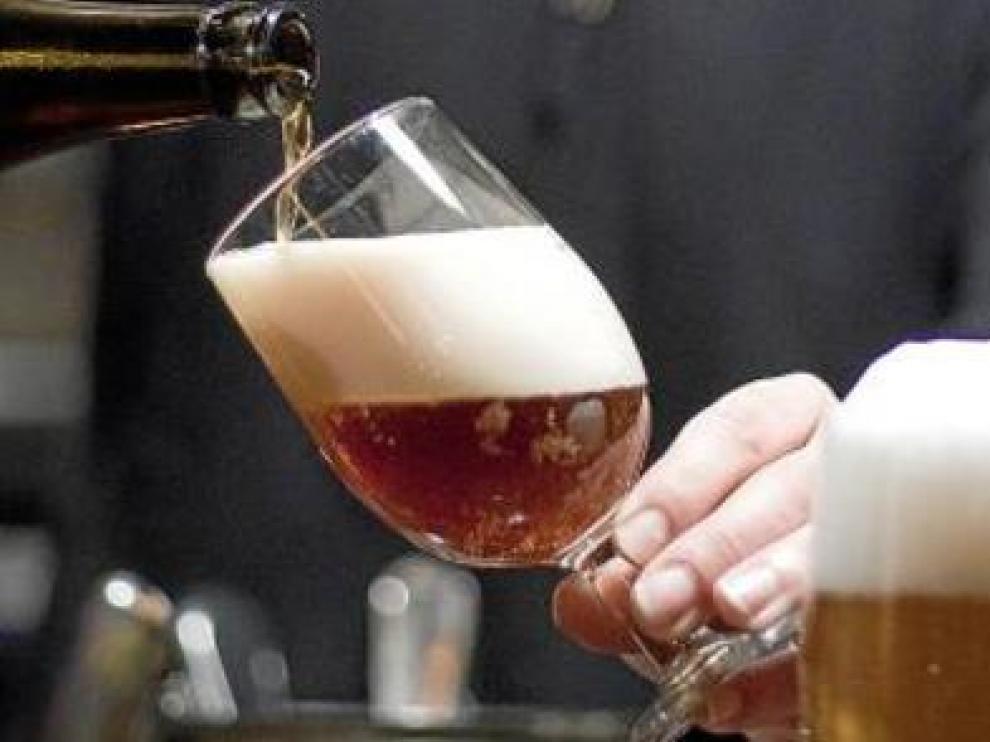 ?La ingesta moderada de cerveza podría no afectar al rendimiento deportivo.