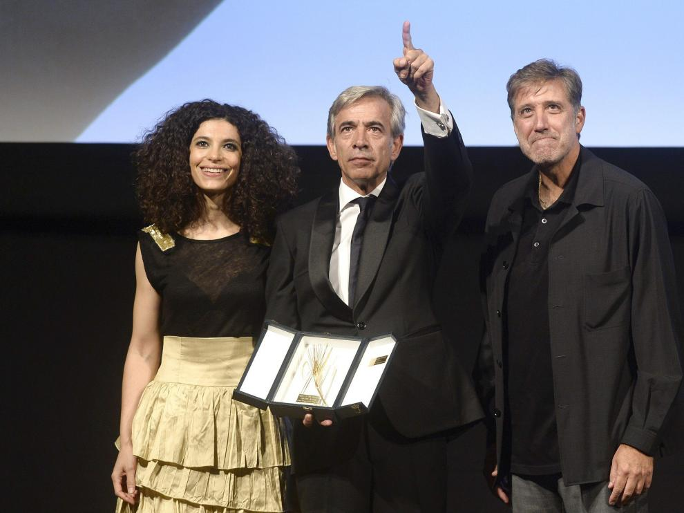 El actor ha recibido el premio de la mano de Emilio Aragón y Irene Visedo