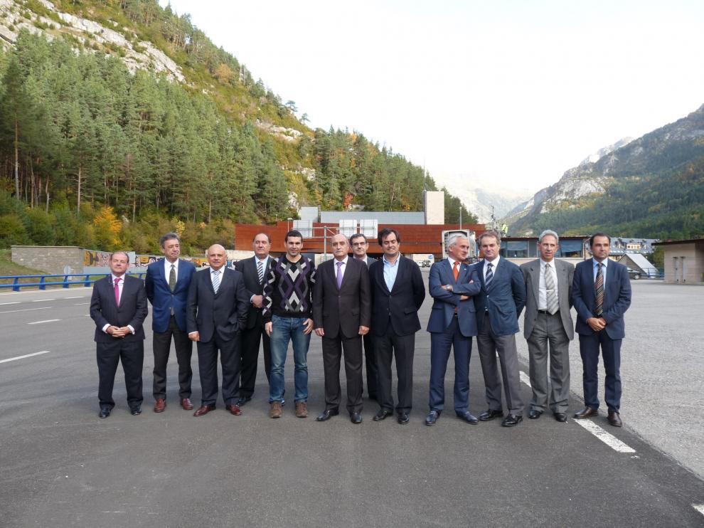 El comité ejecutivo de CREA ha visitado la entrada del Somport
