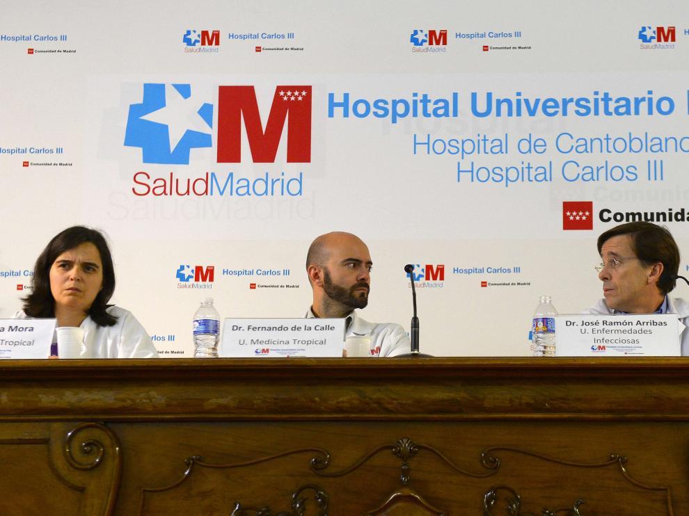 El equipo médico del Carlos III compareció este martes