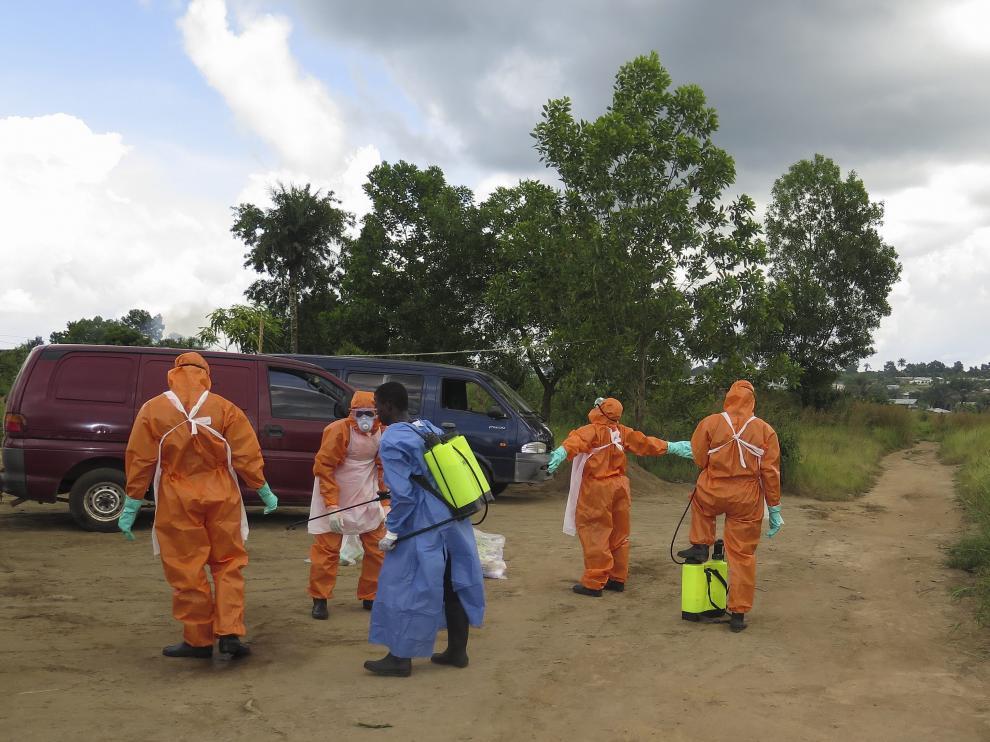 Miembros de la Cruz Roja de Sierra Leona
