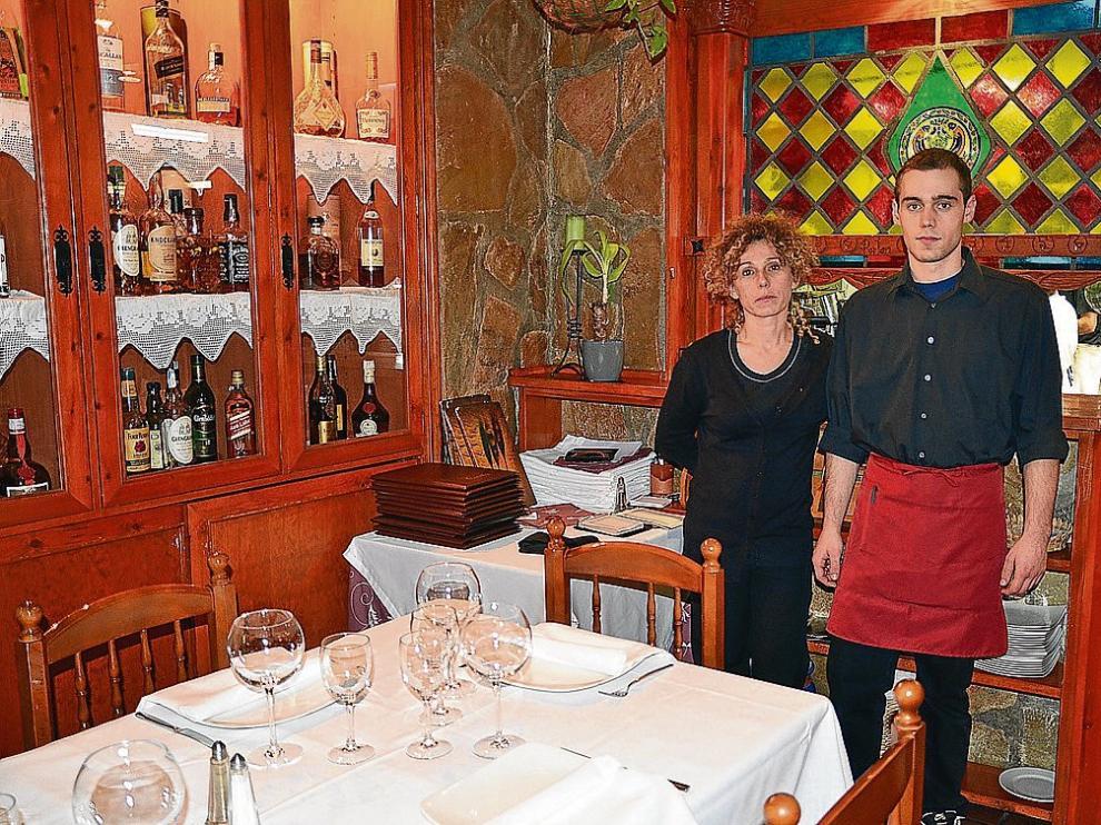 Mari Mar Arroyo y Joel Belda llevan las riendas del restaurante El Portón de Jaca