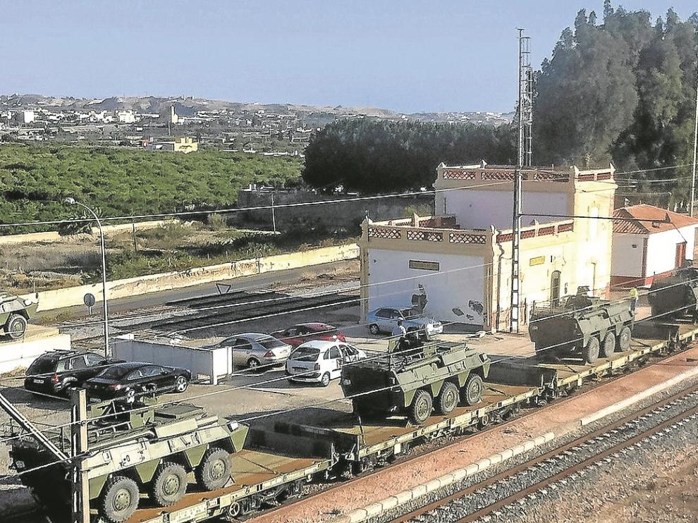 Los Blindados Medios sobre Ruedas (BMR)se trasladaron en trenes desde Almería a Zaragoza.