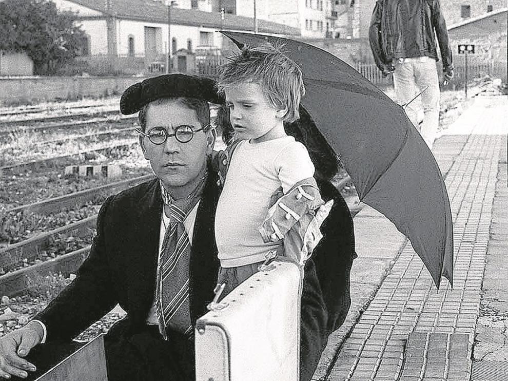 Una de las fotos, en blanco y negro, de Antonio Sánchez:'La estación' (1987).
