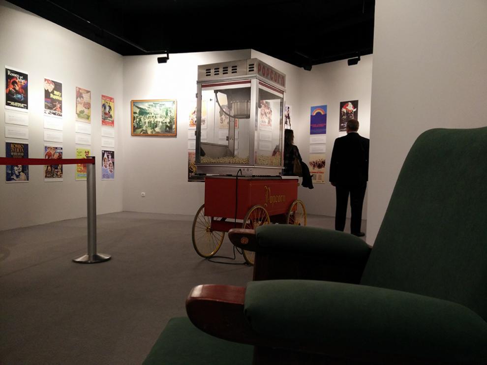 El Centro Comercial Aragonia acoge la exposición 'Una vida de cine' que conmemora el 60 aniversario