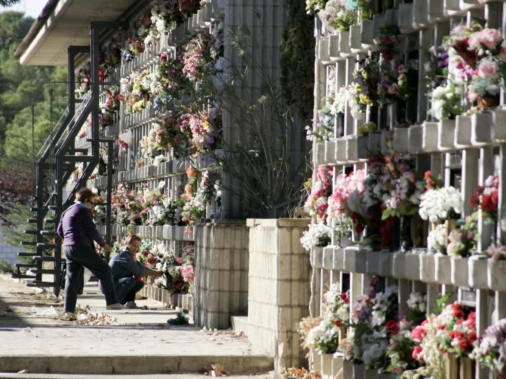 El cementerio de Torrero recibirá la visita de más de la mitad de los habitantes de Zaragoza