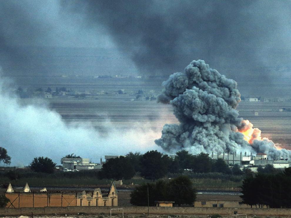 Bombardeos en Kobani