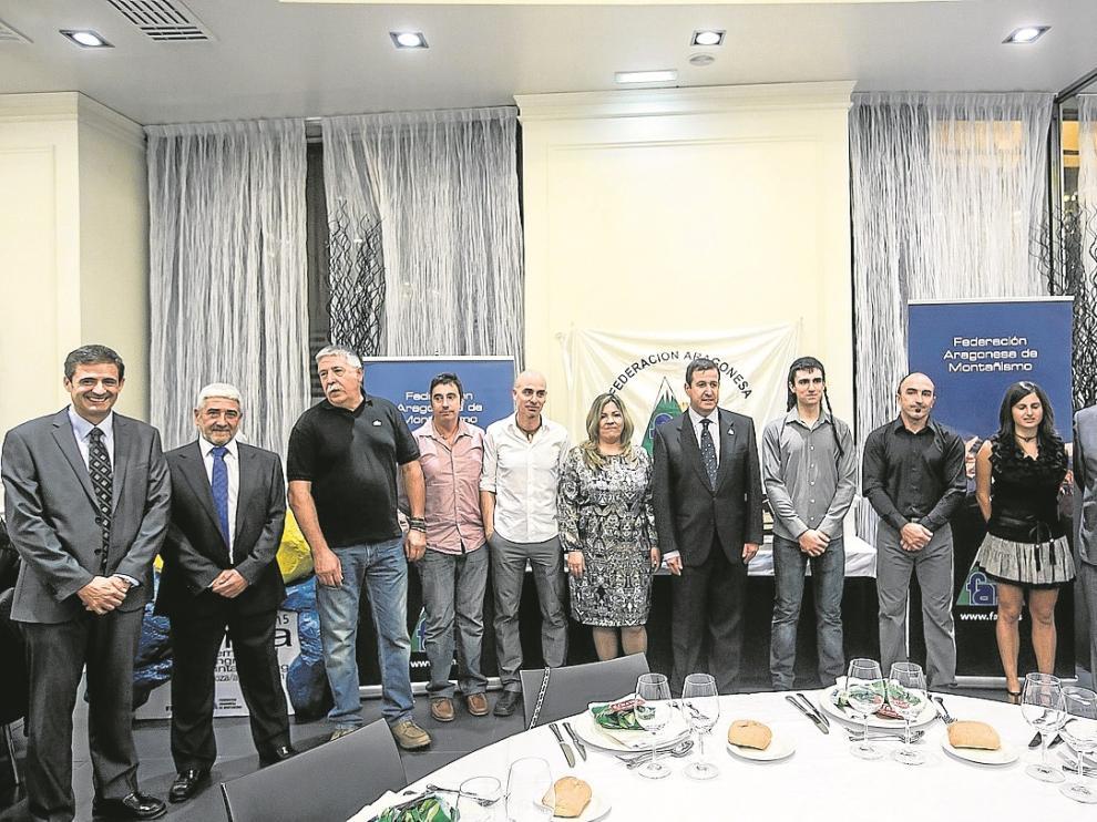 Imagen de los premiados. Arturo Campos (tercero por la derecha) se llevó la mayor distinción.