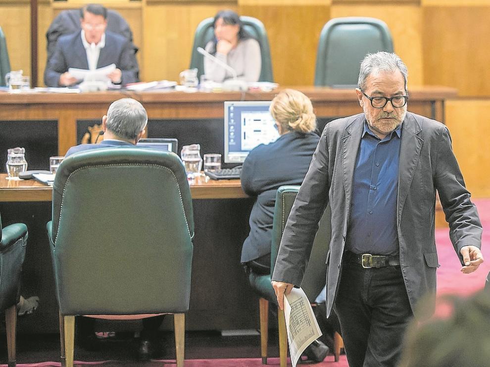 Juan José Vázquez, ayer, durante la comisión de Cultura y Medio Ambiente.