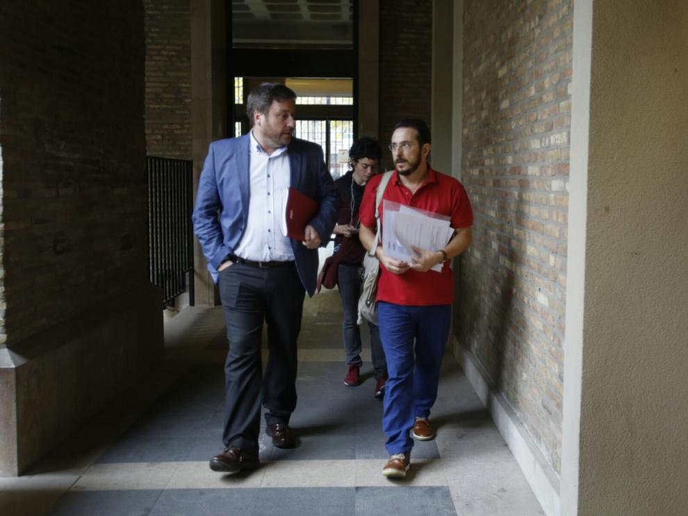 José Luis Soro y Miguel Martínez Tomey acuden a presentar la queja