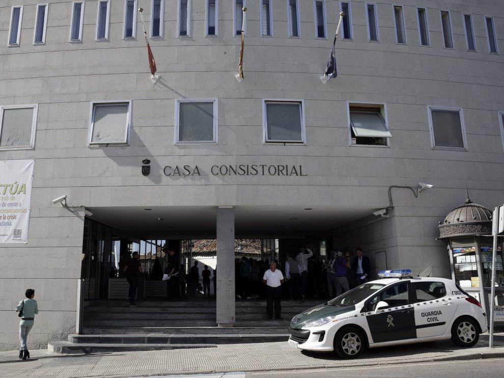Las autoridades se llevaron multitud de documentos del Ayuntamiento de Parla
