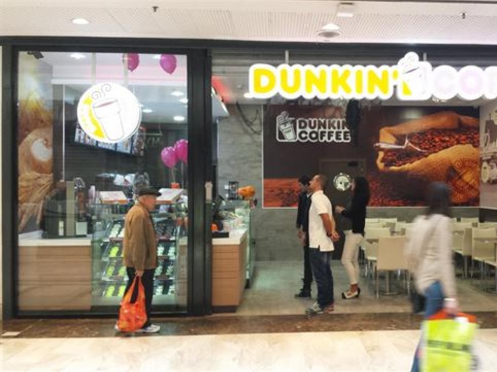 La marca Dunkin' Coffe abre su primera tienda en Grancasa