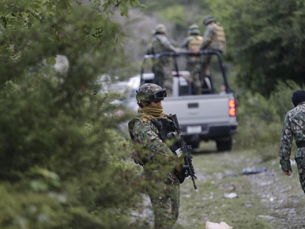 El Ejército custodia el lugar donde ha sido encontrada la fosa