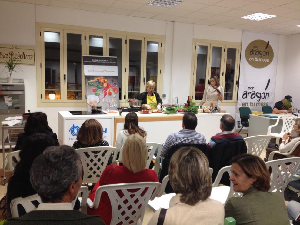 Muestra de cocina en el Mercado de San Vicente de Paúl