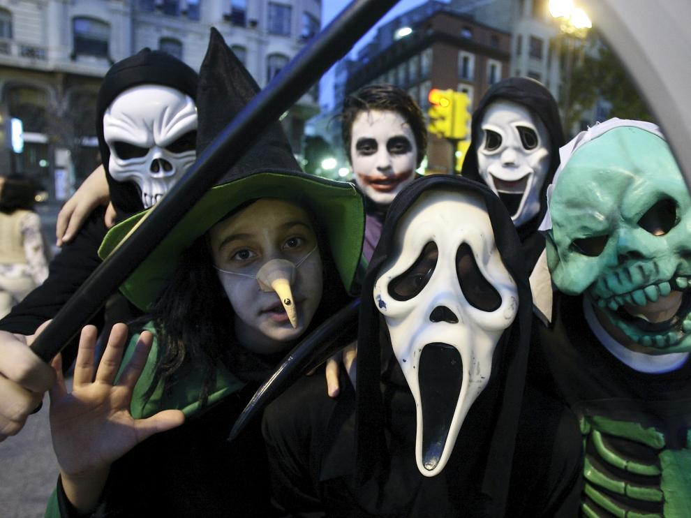 Las calles de Zaragoza se llenan de disfraces