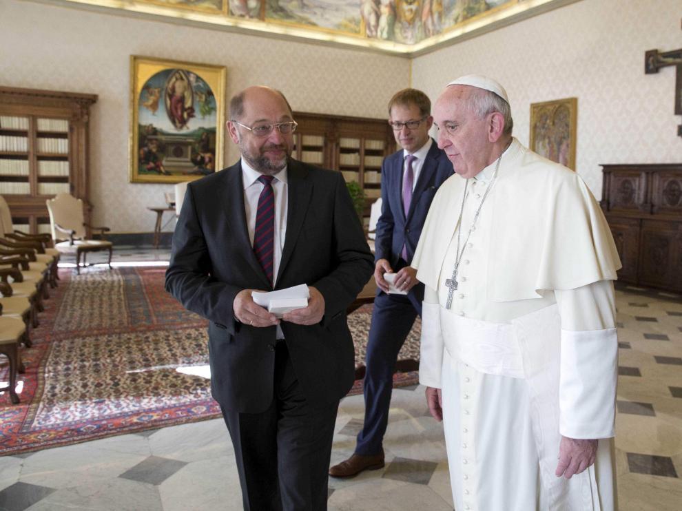 El Papa Francisco durante una audiencia privada con el presidente del Parlamento Europeo, Martin Schulz.