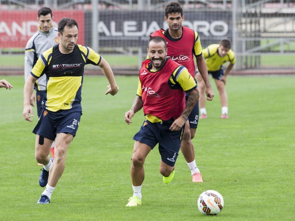 Mario, en un entrenamiento del Real Zaragoza.