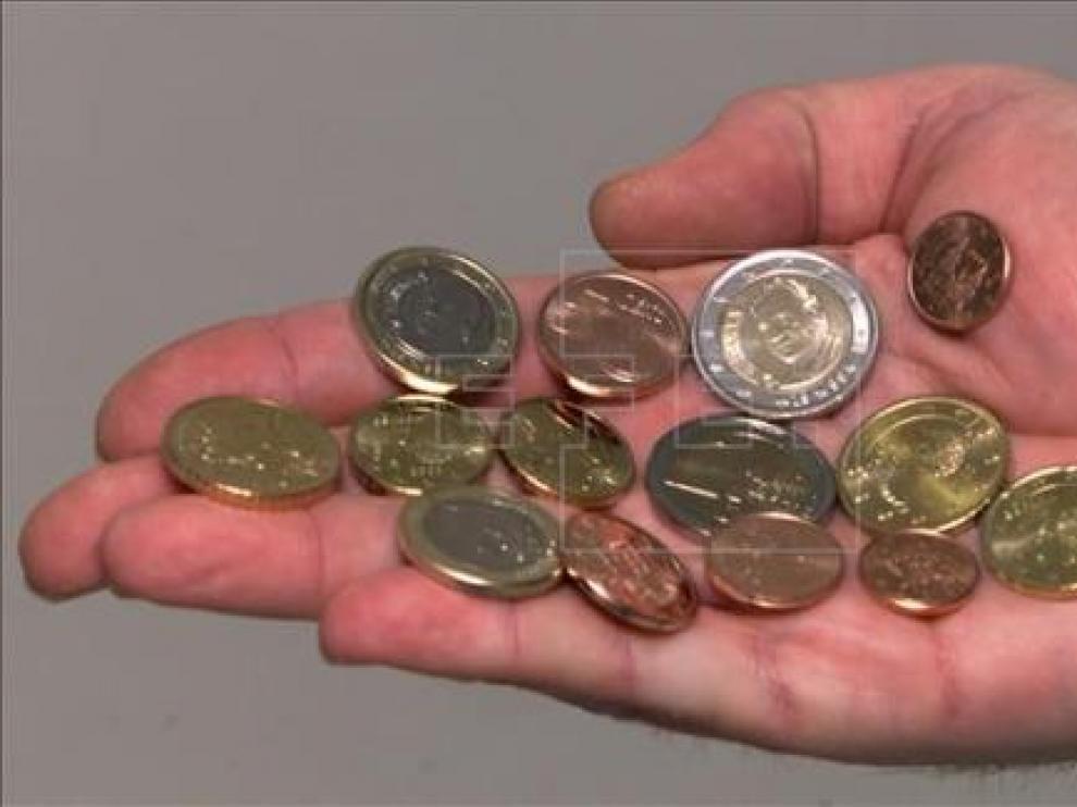 Las monedas de 1 y 2 euros con la efigie de Felipe VI circularán a partir de enero
