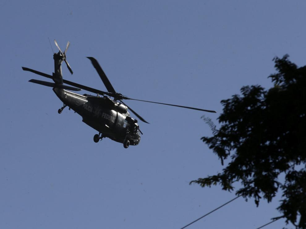 Un helicóptero federal sobrevuela Iguala