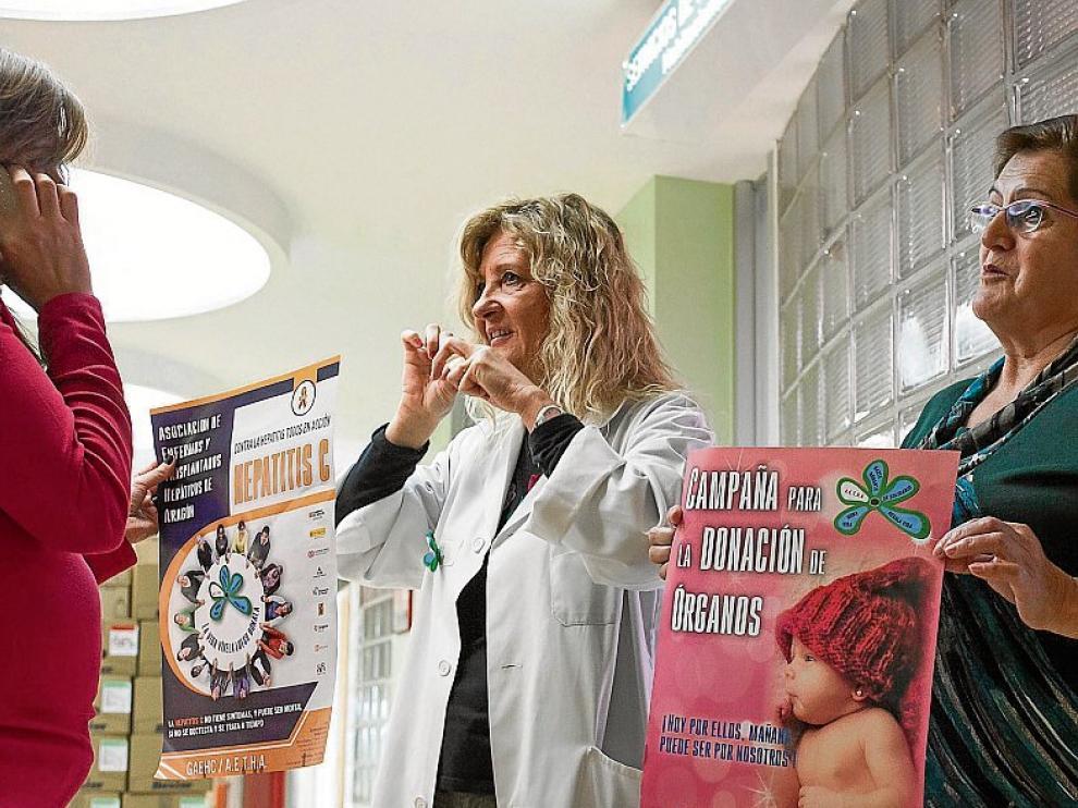 Campaña a favor de la donación de órganos en el hospital Clínico de Zaragoza.