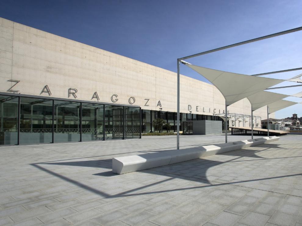 Auzsa instala marquesinas en la Estación Zaragoza-Delicias