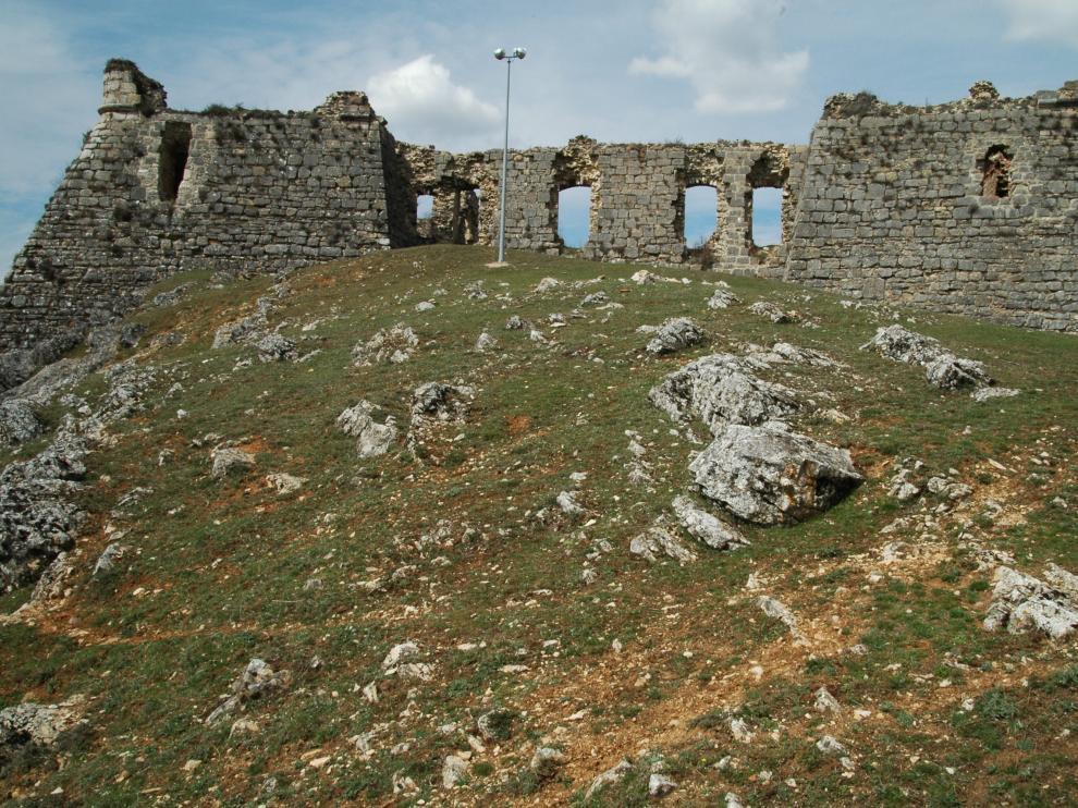 Fotografía de archivo del castillo de San Leonardo de Yagüe