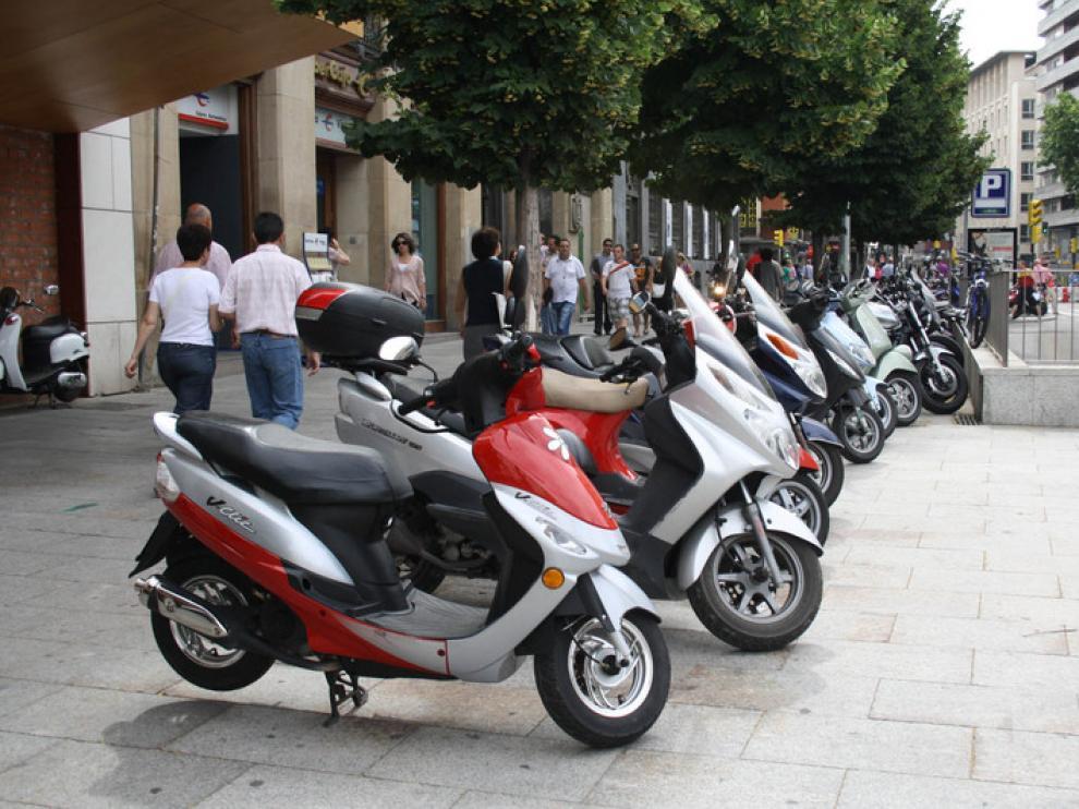 Cada vez hay más motos matriculadas en Zaragoza