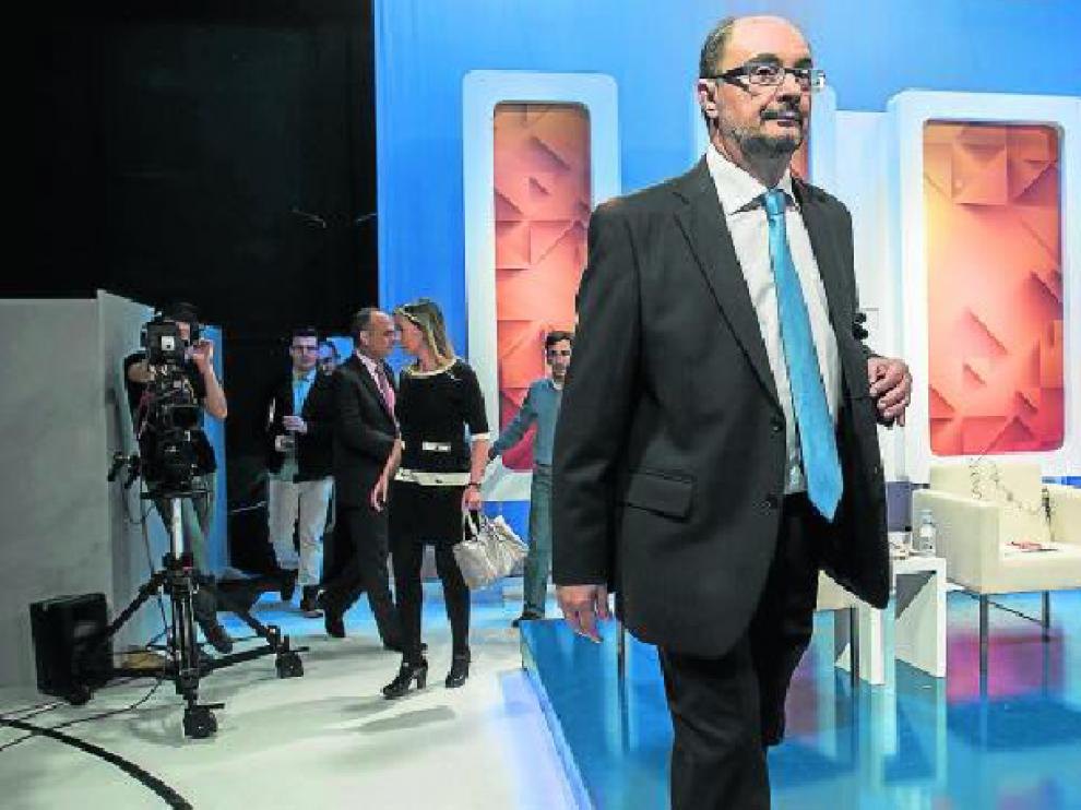 l secretario general del PSOE, Javier Lambán, ayer, en Aragón TV.