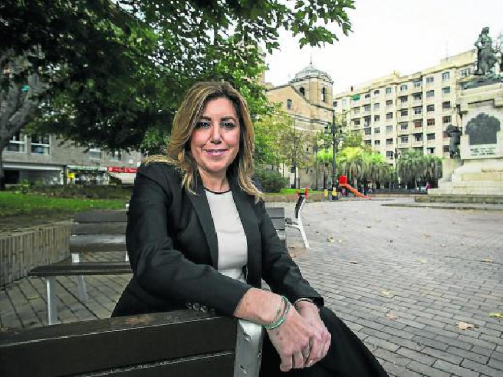 La presidenta andaluza, Susana Díaz, en la plaza del Portillo de Zaragoza.