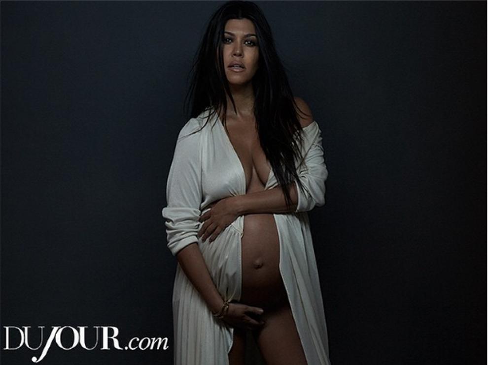 Otra Kardashian, al desnudo